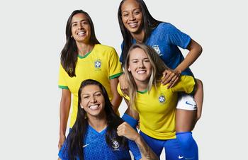 Nuova Maglia Brasile 2022 poco prezzo
