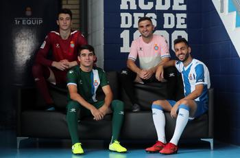 Camisetas de los 20 equipos de la Liga 2019 2020 Nuova_maglia_Espanyol_2020